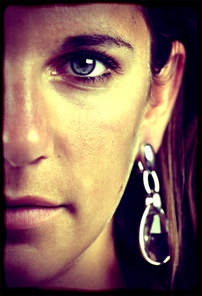 http://www.erinkoski.com/images/DSC_6768_retouch_LOMO_1000.jpg